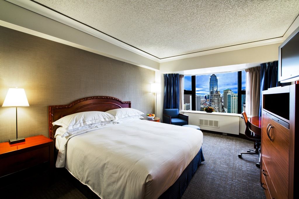 downtown seattle hotels single king guest rooms the hilton seattle
