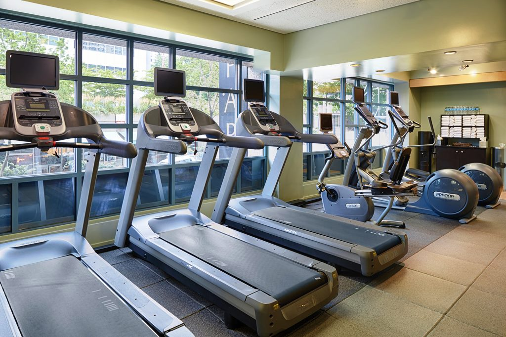 Hilton-Seattle-Hotel-Fitness-Center